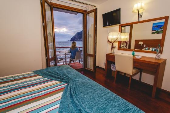Room 102SR